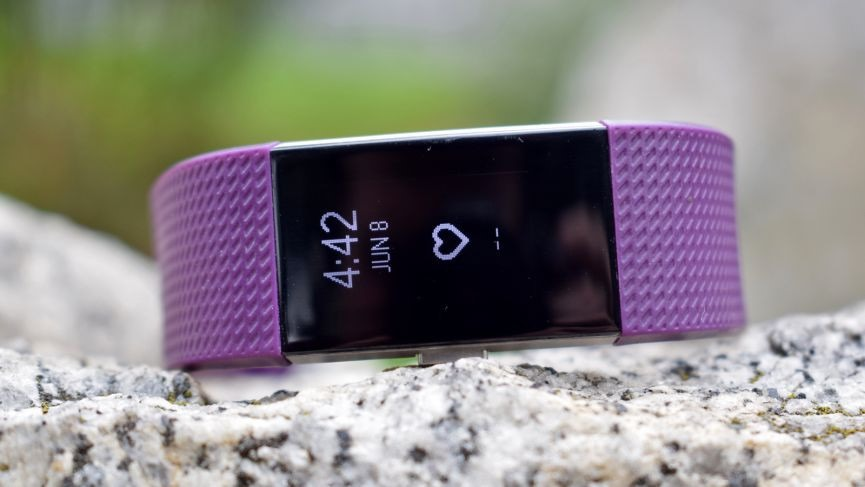 Fitbit-Charge-3-1
