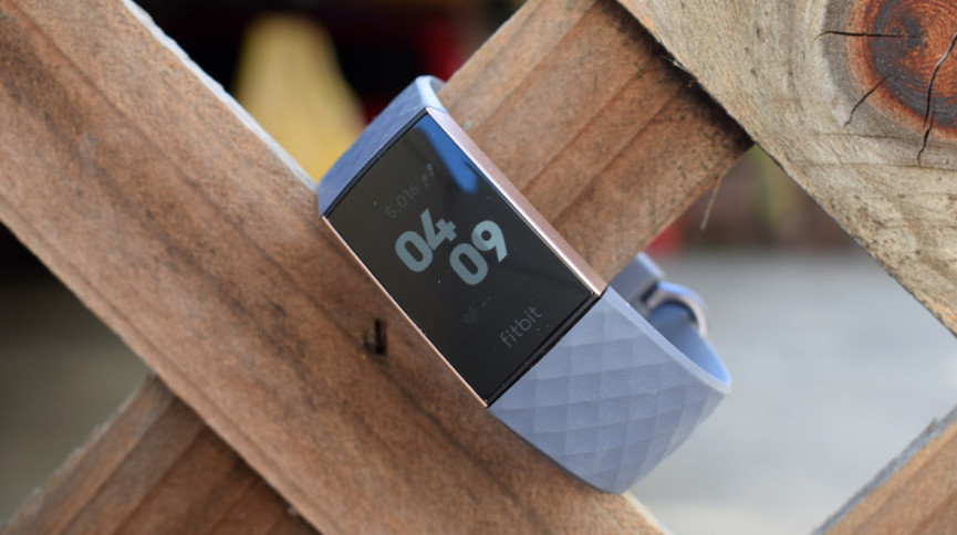 Fitbit Charge 3 gegen Fitbit Versa