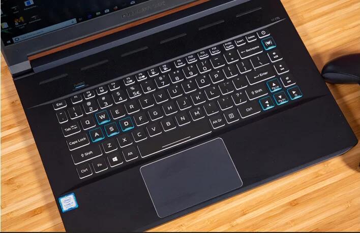 https://pcjetzt.com/wp-content/uploads/2019/03/Acer-Predator-Triton-500-1.jpg
